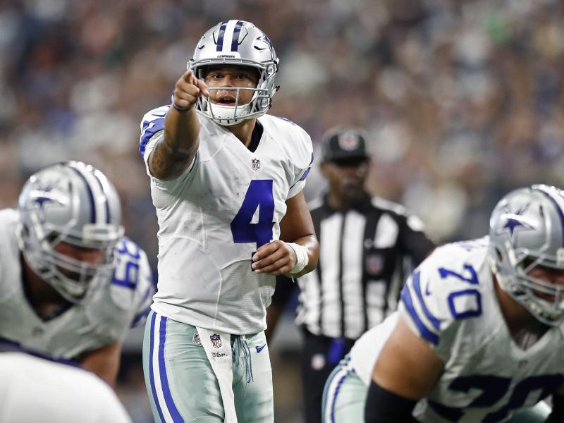 Dak Prescott ist der Quarterback der Dallas Cowboys. Foto: Larry W. Smith/EPA                                 Larry W. Smith